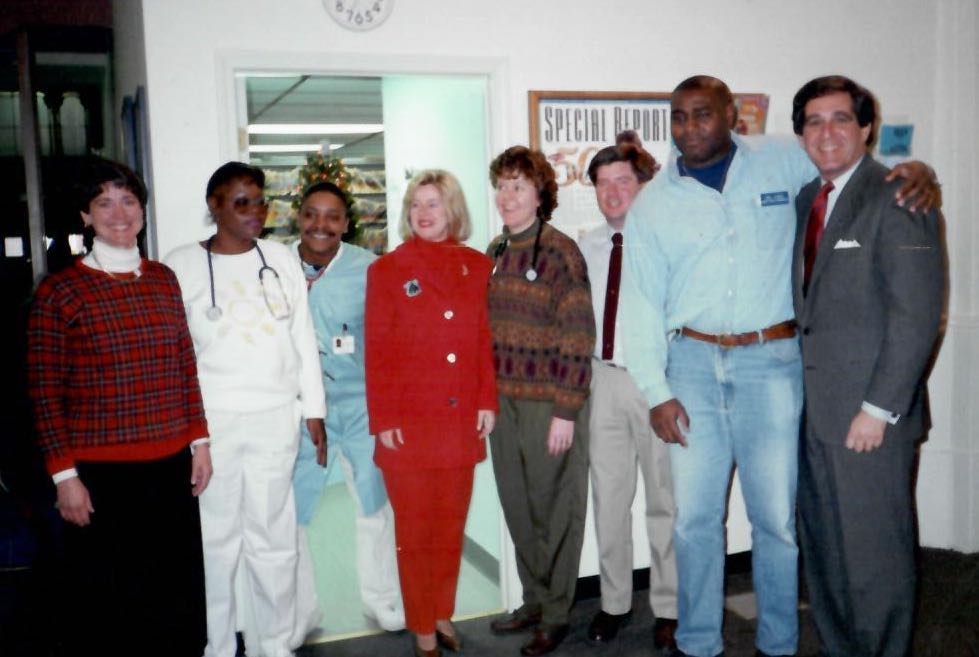 Tipper Gore and clinic staff in 1998